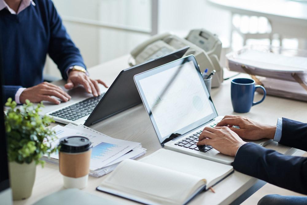 Лучшие ноутбуки для бизнеса